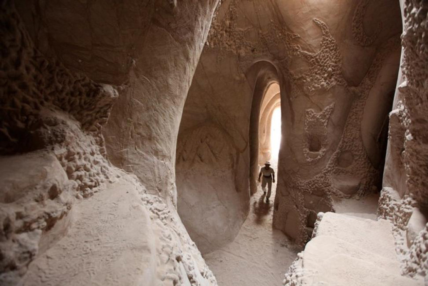Artist Spends 10 Years Carving A Giant Cave Alone With His Dog Carved-cave-8