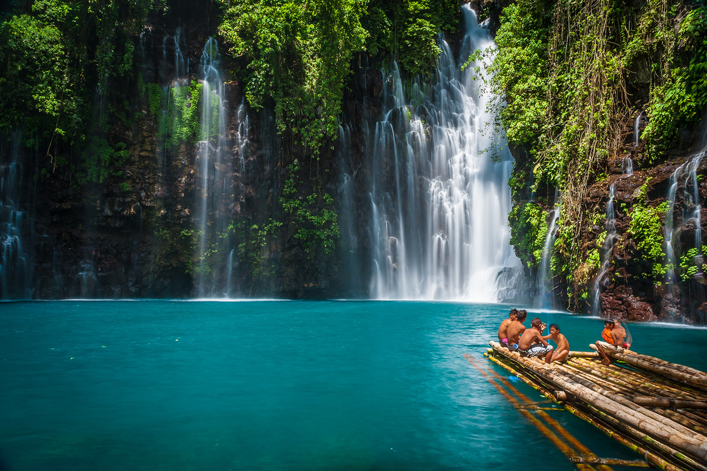 World's Most Amazing Waterfalls to Take a Cool Dip Under Tinago
