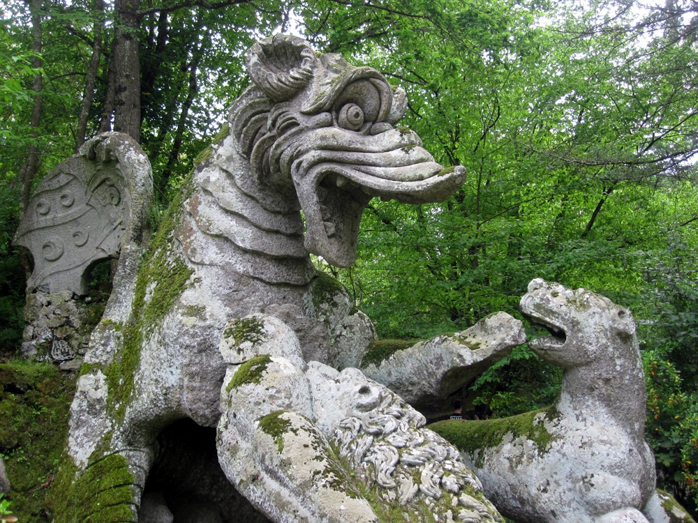World's Most Incredible Sculpture Gardens Monster-park-dragon