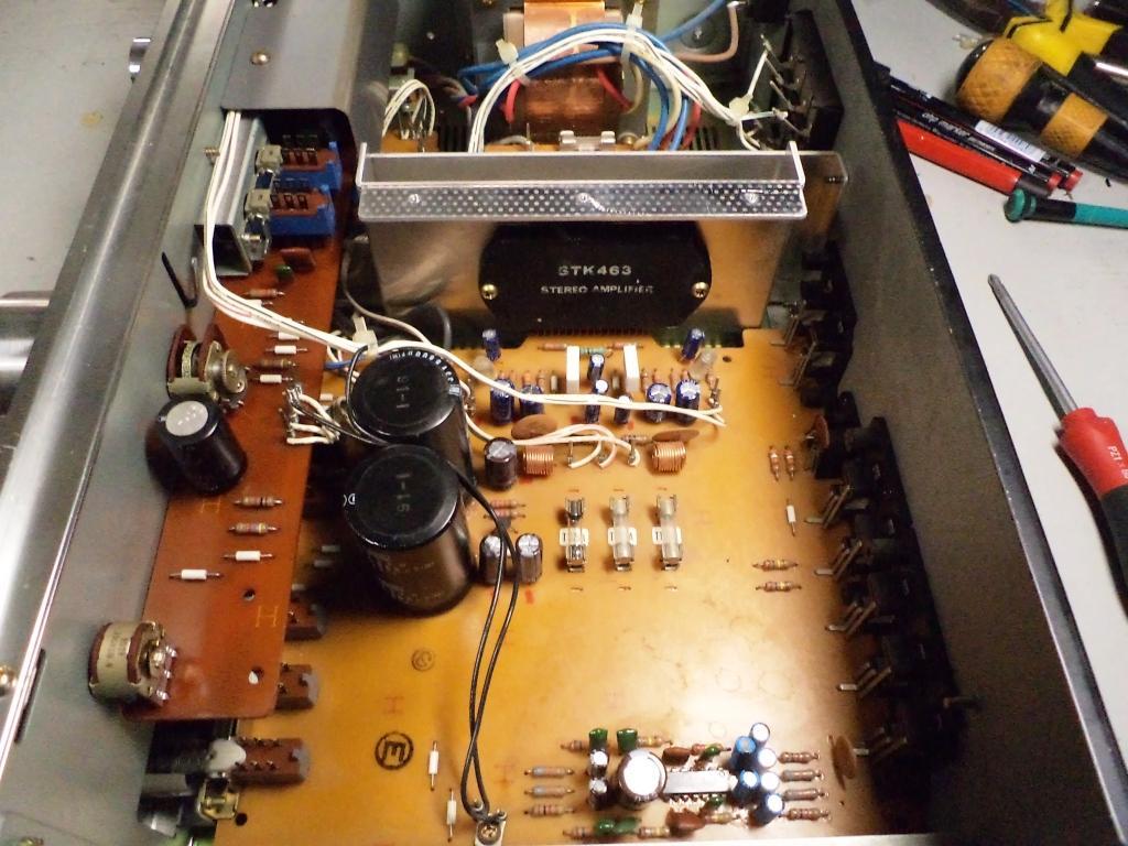 Amplificadores Sanyo 1976 - Página 2 DSC00509