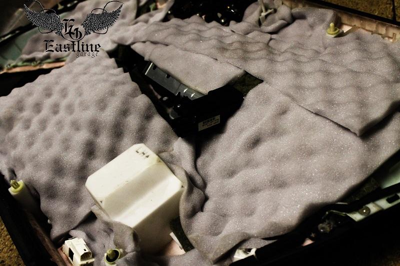 Тюнинг-ателье Eastline Garage. Самоклеющаяся алькантара и кожзам! 31