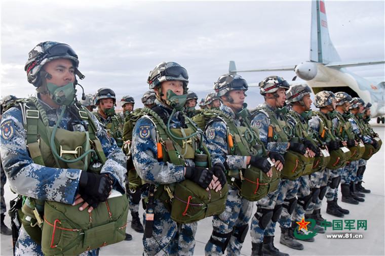 [Information] Photos & Vidéos de PLA Air Force - Page 13 2016-08-13-15%E1%B5%89-corps-a%C3%A9roport%C3%A9-du-Tibet-%C3%A0-la-Russie-21