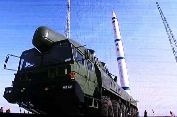 [Chine] Kuaizhou (lanceur militaire de réaction rapide) 2016-09-16-Larm%C3%A9e-chinoise-re%C3%A7oit-les-nouveaux-missiles-ASAT-19