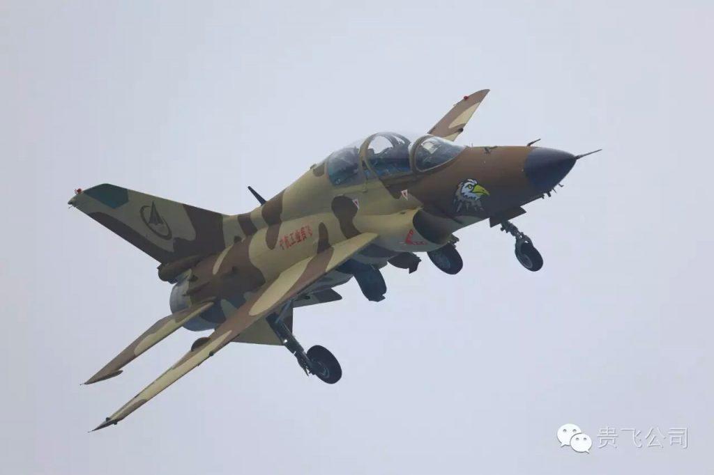 16 - Sukhoi S-55 y S-56 ¿Posible relevo de nuestros F-16? - Página 3 2016-10-25-Airshow-China-2016-larriv%C3%A9e-de-H-6K-J-10B-Y-20-24-1024x682