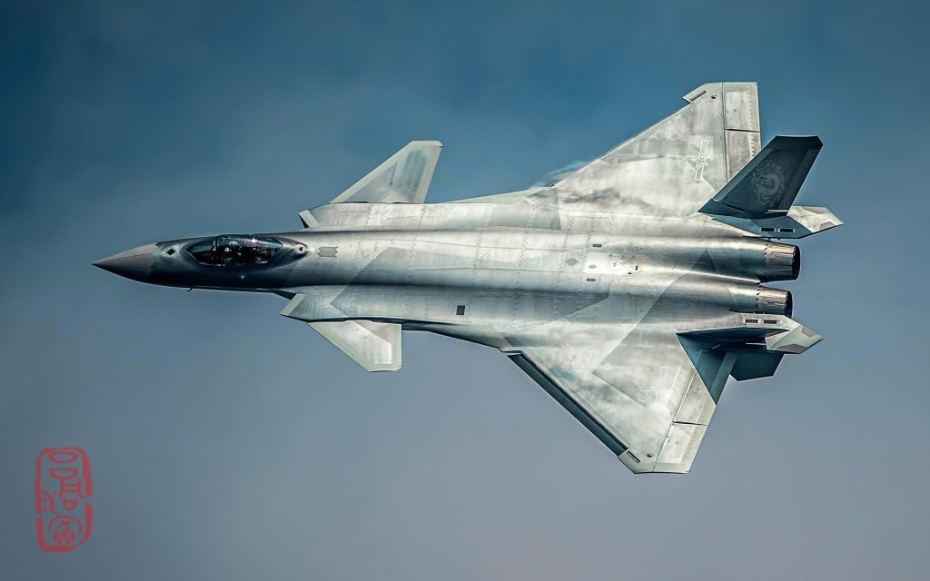 [Aviation] J-20 - Page 21 2017-03-10-Lavion-de-combat-J-20-est-entr%C3%A9-en-service-10-1024x640