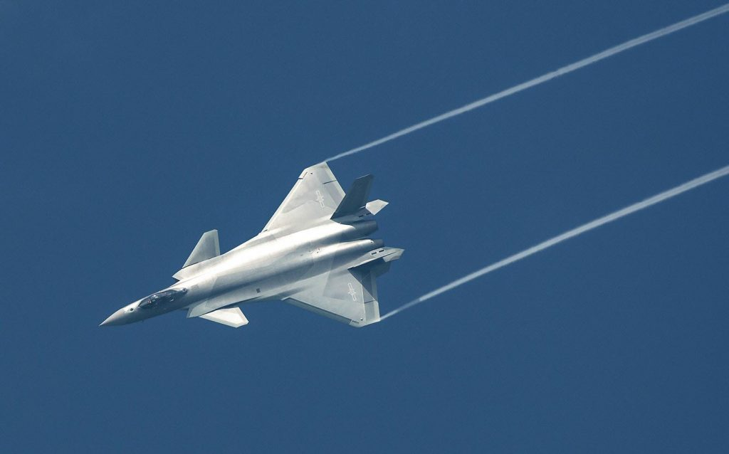 [Aviation] J-20 - Page 21 2017-06-10-Dix-chasseurs-J-20-livr%C3%A9s-en-2017-06-1024x638