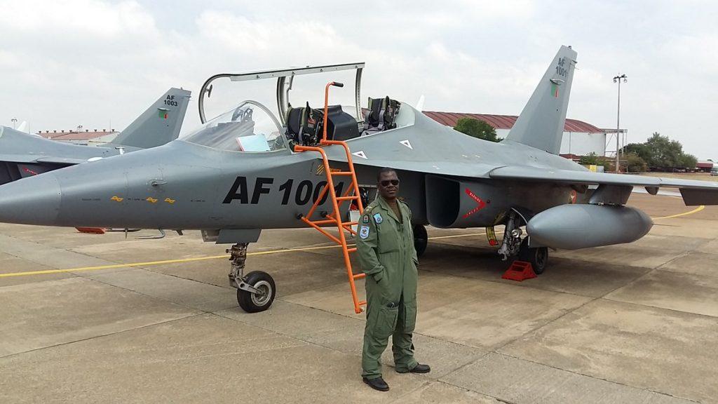 Armée Zambienne / Zambian Defence Forces  2017-09-19-Inauguration-du-centre-de-simulation-de-vol-des-L-15-zambien-09-1024x576