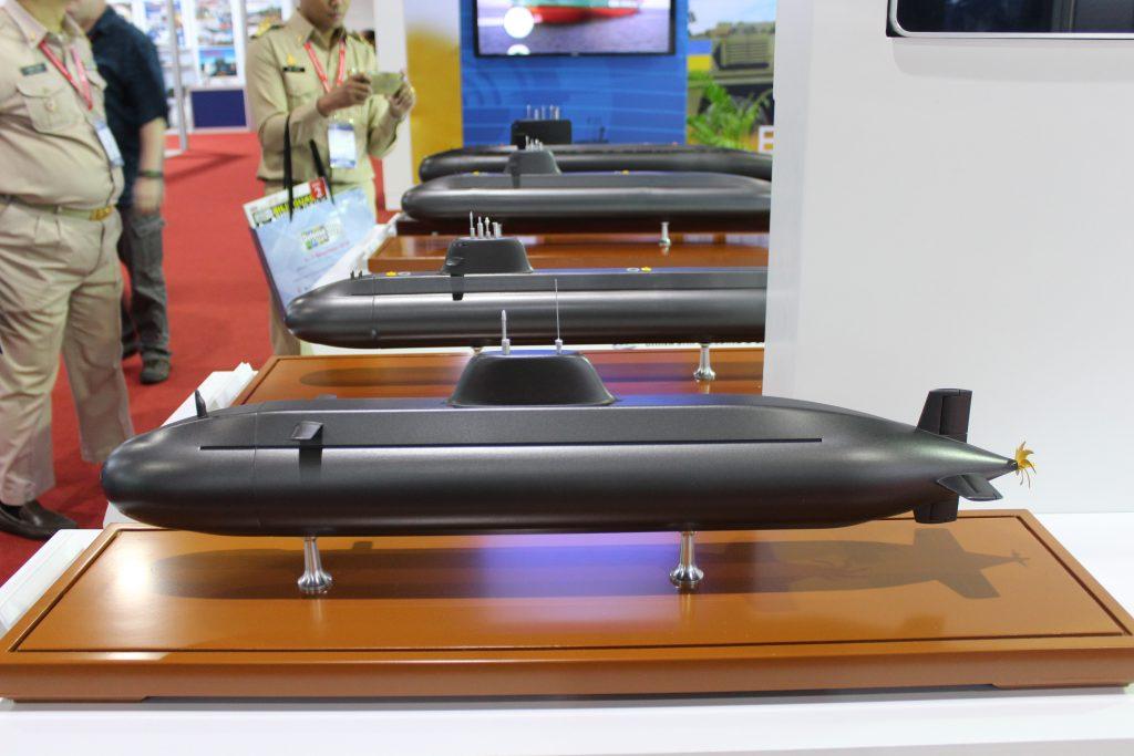 [Information] Exportation des Armements Chinois - Page 10 2017-11-13-CSIC-d%C3%A9voile-trois-nouveaux-sous-marins-d%C3%A9di%C3%A9s-%C3%A0-lexport-02-1024x683