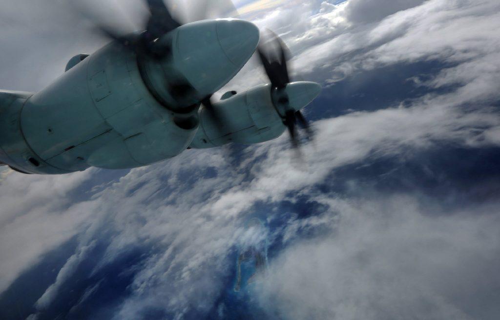 [Information] Conflits dans la Mer de Chine Méridionale - Page 17 2017-12-03-De-Sichuan-aux-Spratleys-PLAAF-simule-le-parachutage-10-1024x656