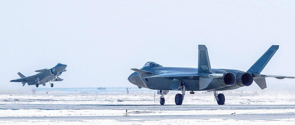 [Aviation] J-20 - Page 21 2018-02-16-Les-rumeurs-sur-les-premiers-combats-du-J-20-03-1024x434