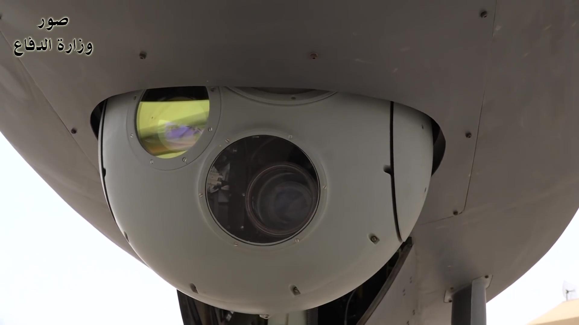مسابقة رمضان الطائرات دون طيار  2018-02-18-Les-officiers-irakiens-parlent-du-drone-CH-4-13