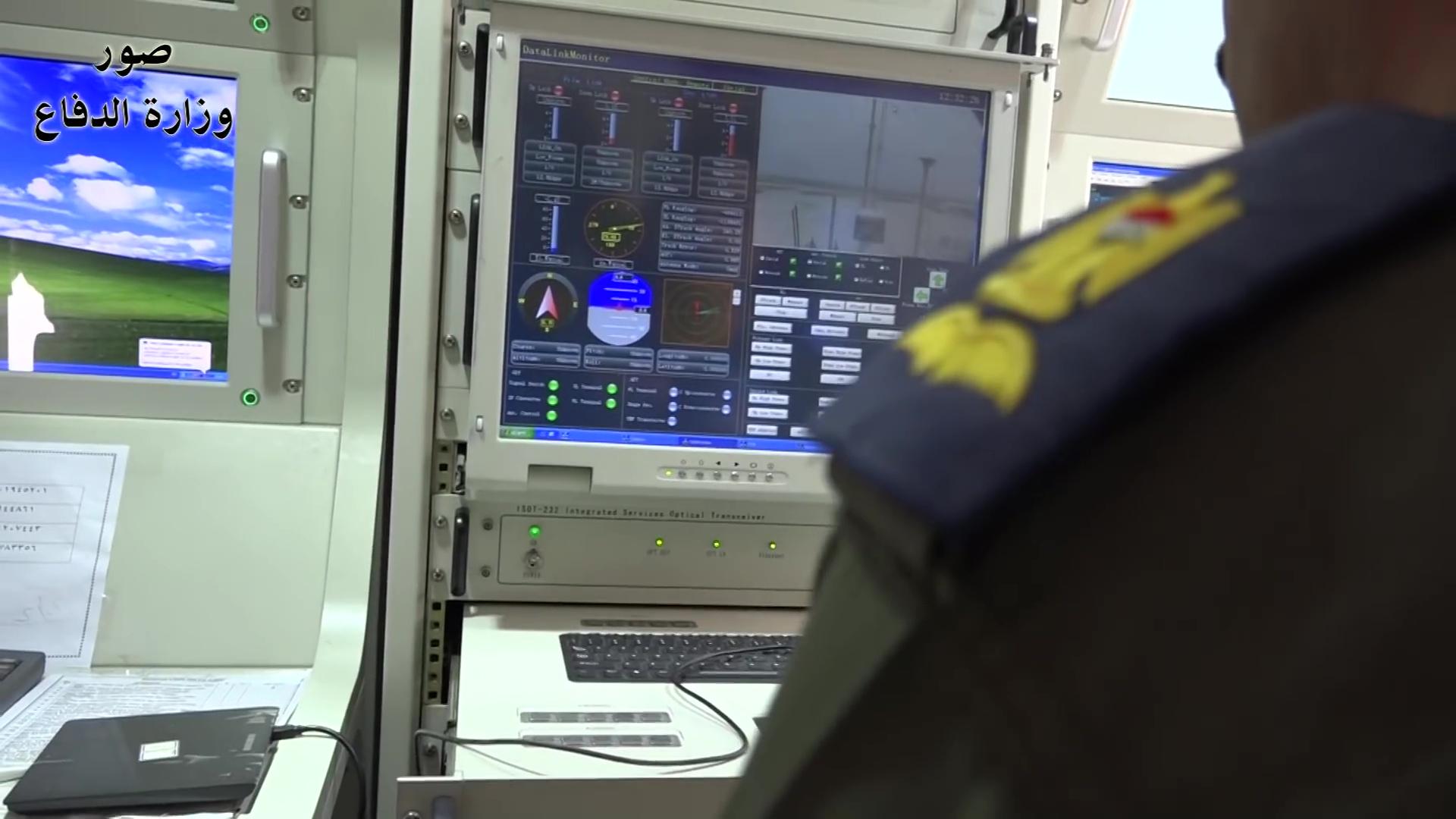 مسابقة رمضان الطائرات دون طيار  2018-02-18-Les-officiers-irakiens-parlent-du-drone-CH-4-15