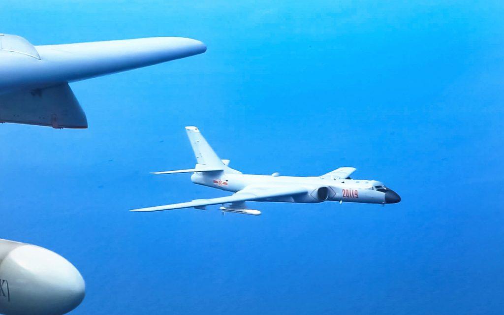 [Information] Photos & Vidéos de PLA Air Force - Page 14 2018-03-25-Premi%C3%A8re-cha%C3%AEne-d%C3%AEles-3-travers%C3%A9es-chinoises-en-3-mois-05-1024x640