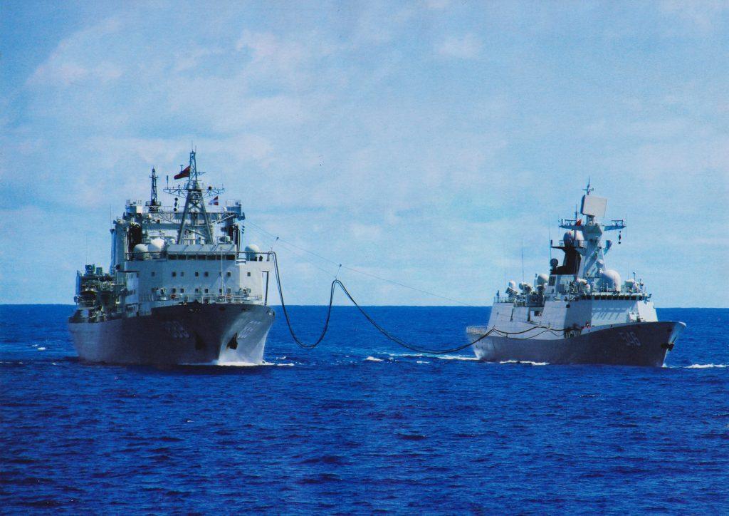 [Information] Exportation des Armements Chinois - Page 10 2018-06-03-La-marine-pakistanaise-signe-deux-fr%C3%A9gate-Type-054A-06-1024x724