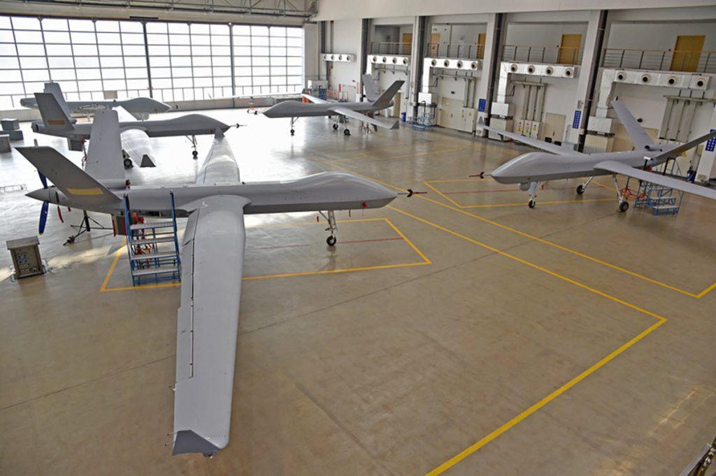 [Aviation] Drones & Drones de Combat Chinois - Page 13 2018-08-13-Plus-de-100-drones-arm%C3%A9s-Wing-Loong-II-vendus-%C3%A0-lexport-01-1024x681