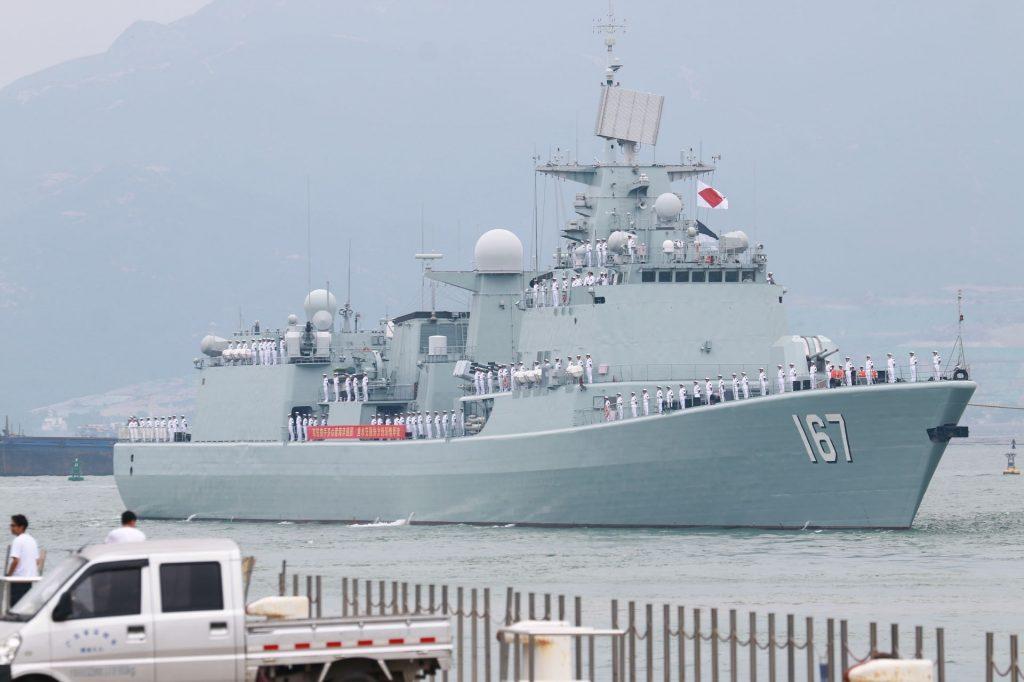 Type 051B 2018-10-24-Type-051B-Quand-le-destroyer-Shenzhen-se-rend-%C3%A0-Shenzhen-10-1024x682