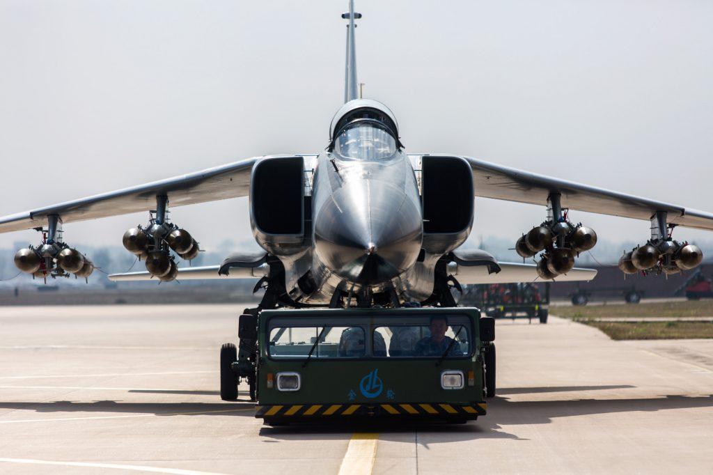 [Aviation] JH-7 - Page 2 2019-03-21-Crash-dun-chasseur-bombardier-JH-7A-de-la-marine-chinoise-01-1024x682