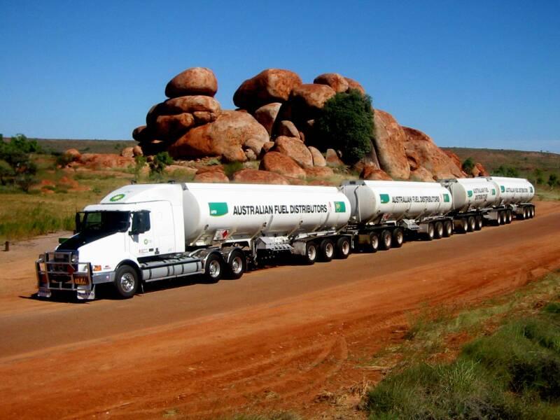 Kamioni  Truck_australia-truck-volvo_1__op_800x600