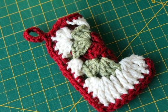 Christmas in July!...Let's make some ornies!!! Crochet-christmas-ornament