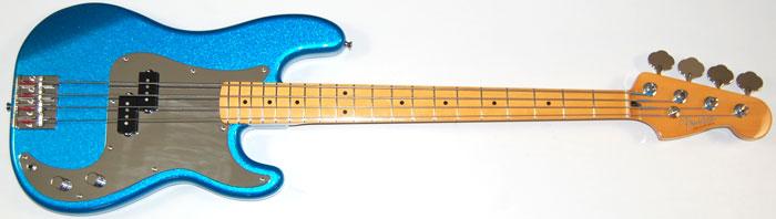 baixo Jay Turser Jtb-400c ou Squier By Fender Affinity Precision Bass 4c Fender_steve_harris_pbass_d1012_fr_700px