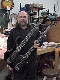 Qual seria a nova fronteira em luthieria de Baixo elétrico? GregCurbow