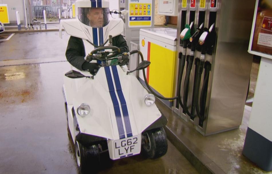 *MMMMWAH* - Page 2 Top-Gear-UK-Season-19-Jeremy-Clarkson-P45