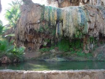 الحمامات المعدنيه بالجزائر 0002