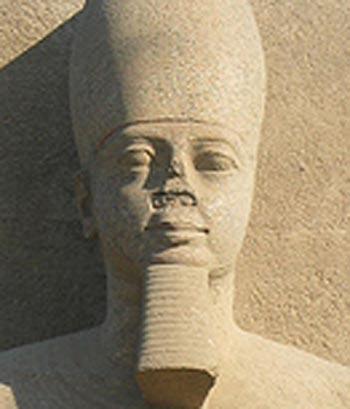 Les pharaons étaient noirs origine des anciens égyptiens Zoom_ramses_memphis