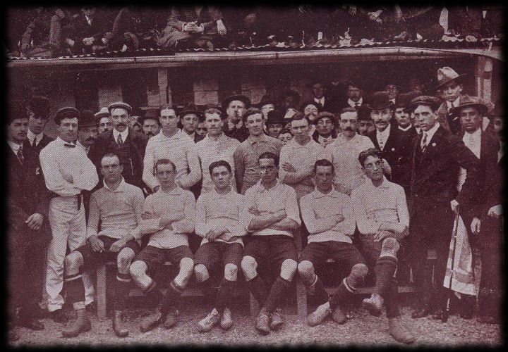 Selección Uruguaya de Fútbol 1910-primera-vez-celeste