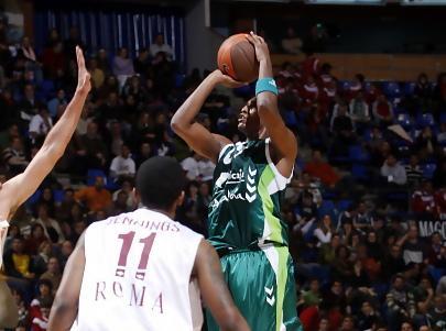 Kelati firma por el Valencia Kelati