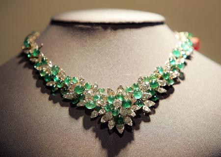 Van Cleef and Arpels - Página 2 Emerald5-450