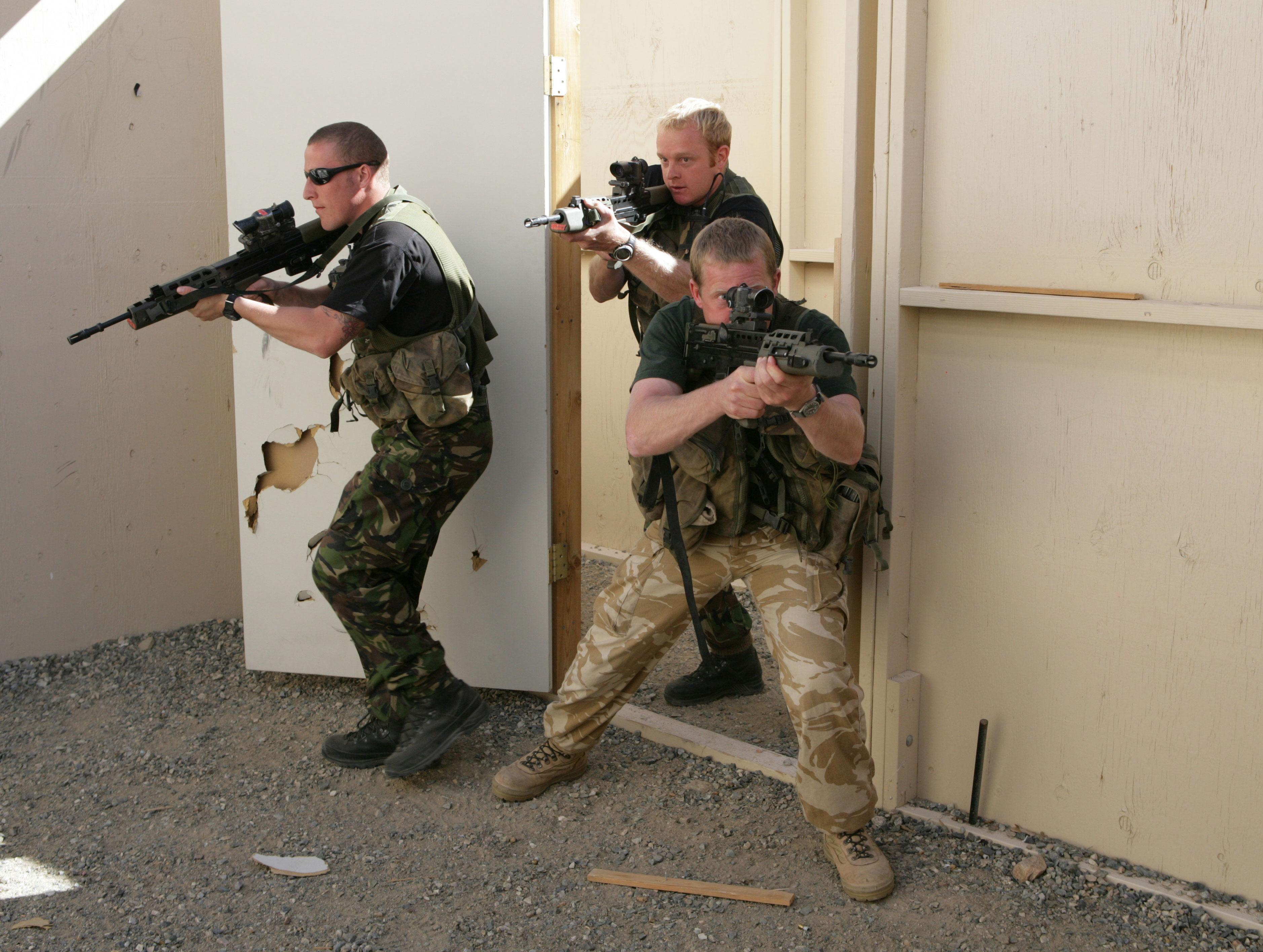 grande bretagne Royal-marines-room-clearing-hr