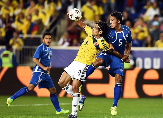 10-10-2014 - Amistoso El Salvador 0 Colombia 3. Was8871652