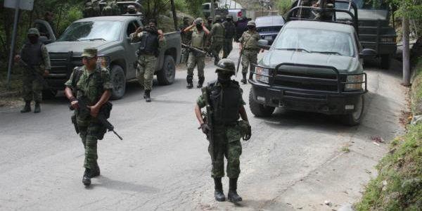Reportan enfrentamiento en carretera Mascota-Vallarta Temp_nota_01_33911_17_20150406190418_11711119056_1005419562801731_1700082236_n