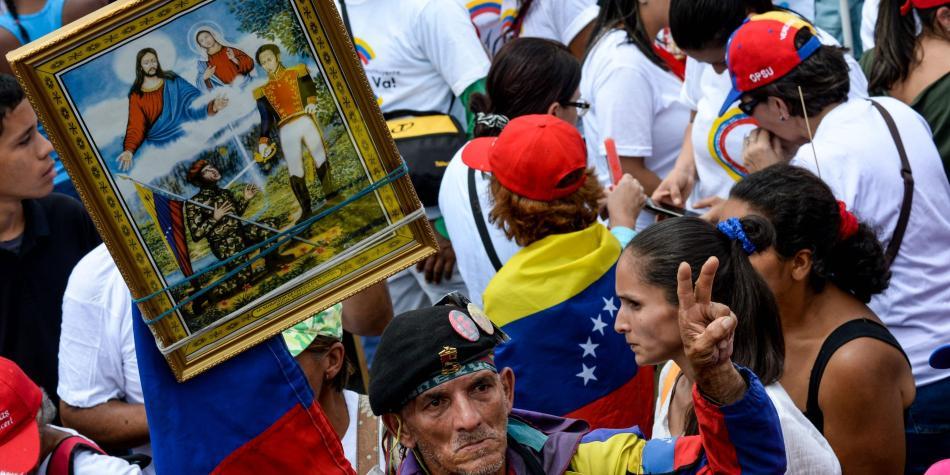 En Venezuela domina el capitalismo. - Página 22 597aa6dd4965b