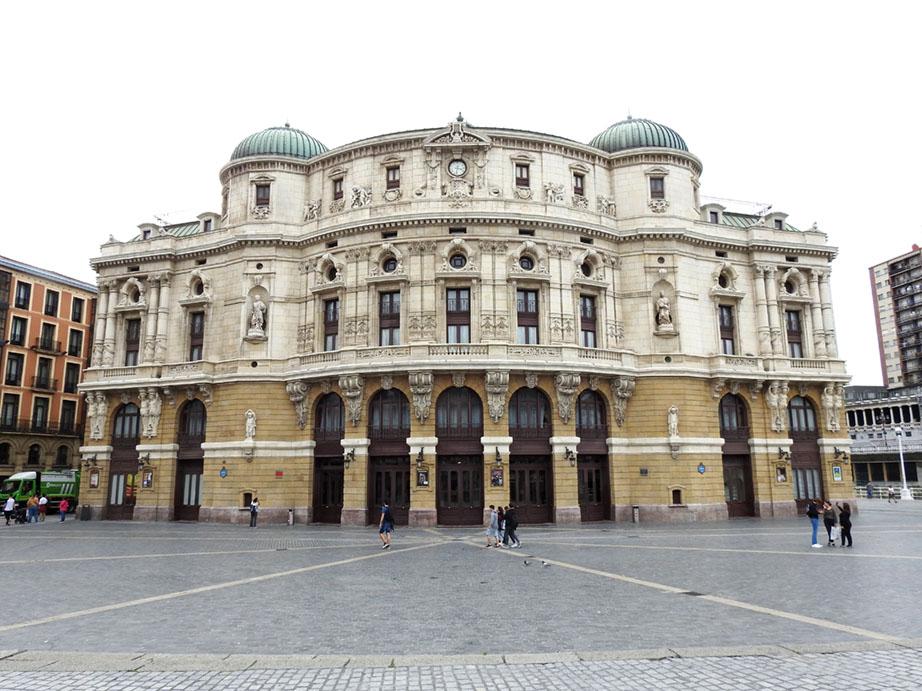 El Teatro Arriaga de Bilbao, punto de encuentro y centro de difusión cultural - En Perspectiva