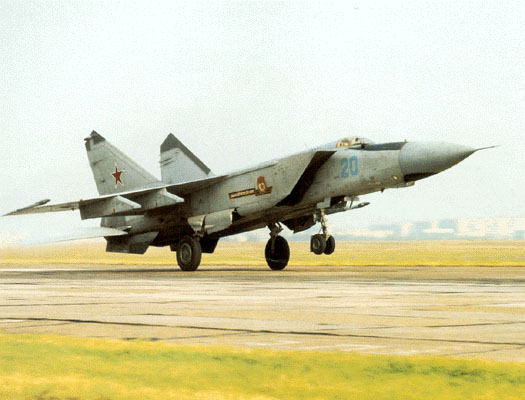 تقرير مفصل عن ثاني اسرع طائرة في العالم Mig25