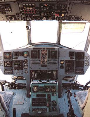 المروحيه العتيده Mil Mi-8 HIP  Mi8_2