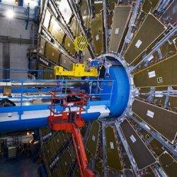 LHC, l'accélérateur à particules le plus puissant du monde Breve5596a
