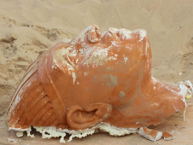 Archaeologists in California Unearth a Large Sphinx—From the Set of 'The Ten Commandments' Sphinx_face