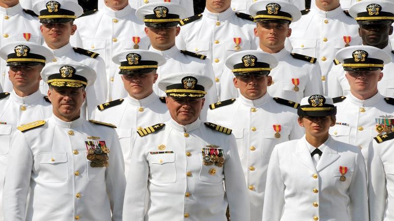 الحرب البحريّة والمواجهة العالميّة القادمة  US-Navy-Officer-Ranks