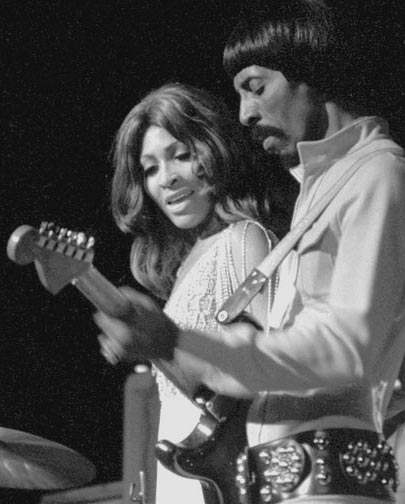 Tina Turner 122204