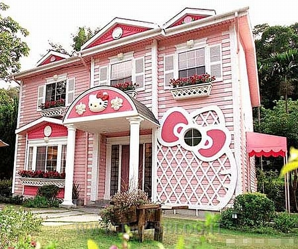 Lepidezza Interior Design Hello-Kitty-House-in-Shanghai-1