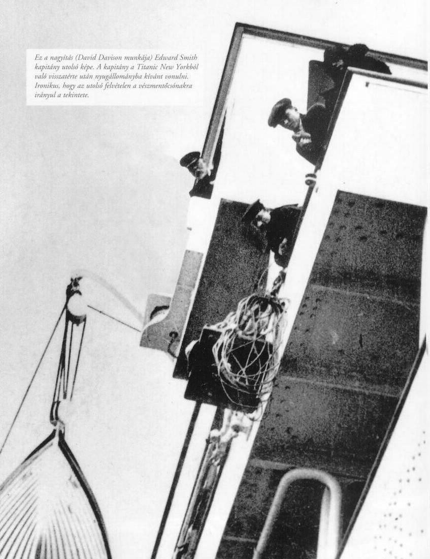 صور لم ولن تشاهدها الا هنا صور لتايتانيك السفينه العجيبه التي غرقت في اول رحلاتها Cpt_Smith