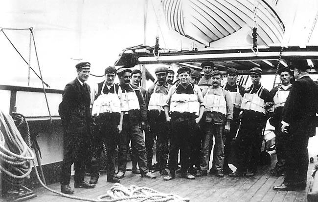 صور لم ولن تشاهدها الا هنا صور لتايتانيك السفينه العجيبه التي غرقت في اول رحلاتها Titanic21