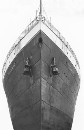 صور لم ولن تشاهدها الا هنا صور لتايتانيك السفينه العجيبه التي غرقت في اول رحلاتها Titanic33