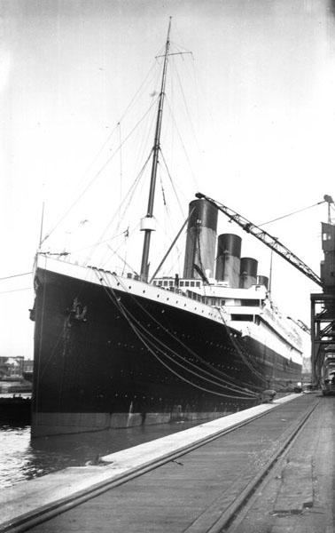 صور لم ولن تشاهدها الا هنا صور لتايتانيك السفينه العجيبه التي غرقت في اول رحلاتها Titanic_Belfastban
