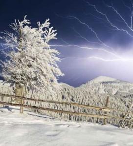 Thundersnow Winter-lightning-damage-thundersnow-272x300