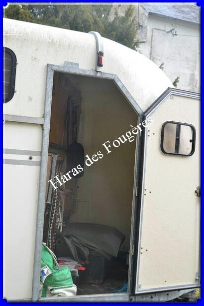Vends Van 3 places + logement marque FAUTRAS Maxivan4_3