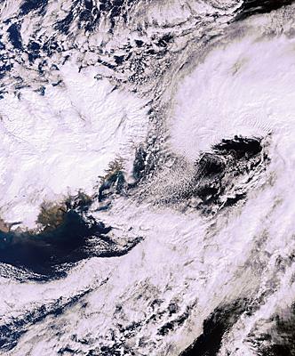 Images d'Envisat Iceland_volcano_20100421_L